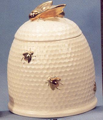 Bee hive cookie jar as card box beehives pinterest cookie jars jar and nick nacks - Beehive cookie jar ...